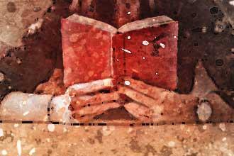 Женщина читает толкование гадания на домино